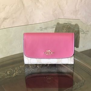 NWT Coach md envelop wallet